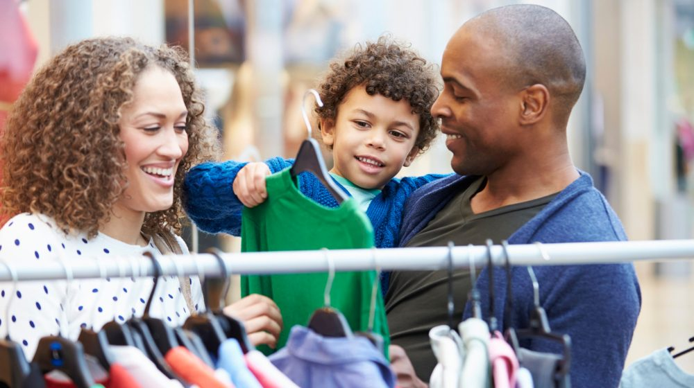 How Shopping for Clothes Can Help Teach Your Kid Reading Skills