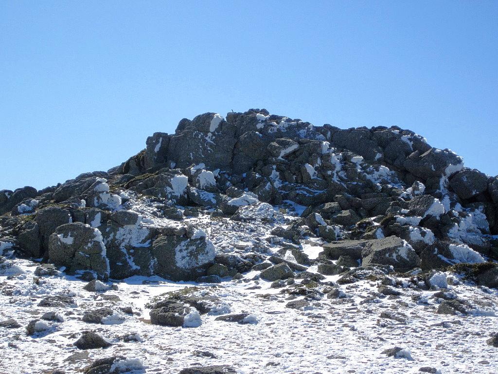 RUTAS SIERRA DE GUADARRAMA: Ascensión a la tercera Cabeza de Hierro. El Escalerón (2 299 m) por Francisco Delgado