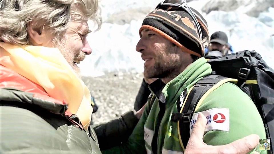 Everest Invernal sin oxígeno: Alex Txikón hace balance tras retornar. Video con Reinhold Messner en CB