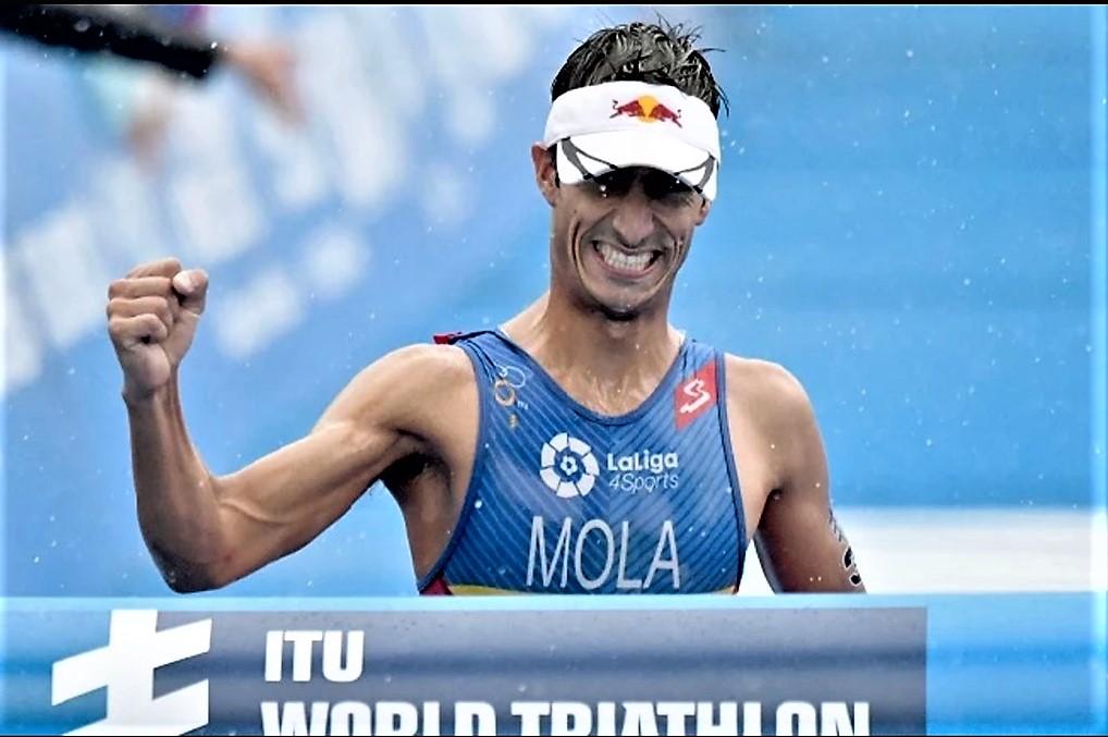 Triatlón: Mario Mola gana Yokohama y lidera Copa del Mundo, con Fernando Alarza 2º y Javier Gómez Noya 3º