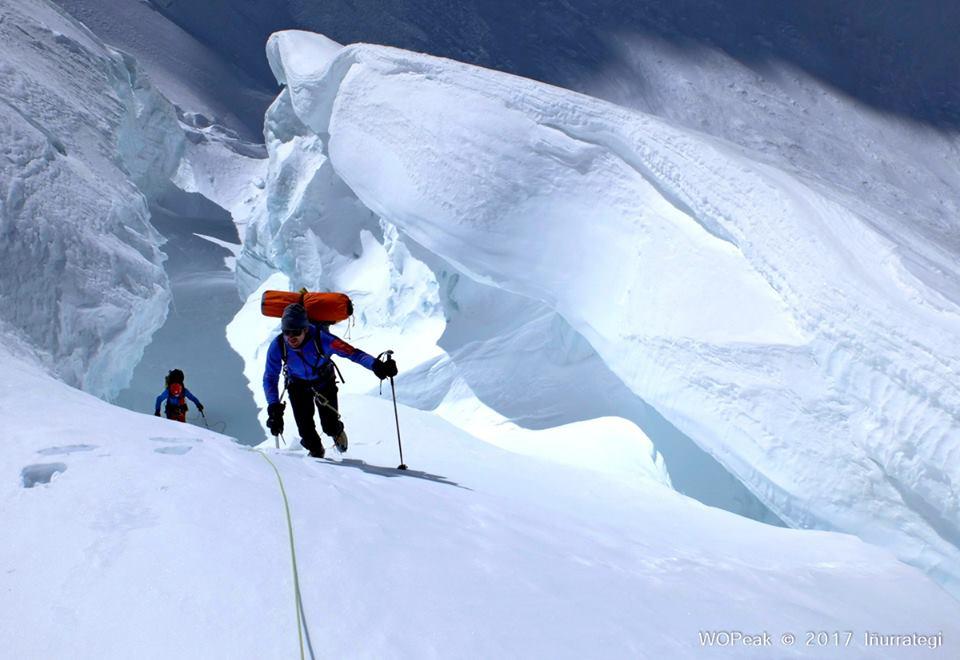 Ochomiles: Iñurrategui, Vallejo y Zabalza asaltarán mañana Gasherbrum G-II (8.035m) por la vía Kukuczka-Kurticka.