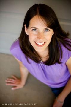 Amy Heinz Headshot on maybrooks.com for working moms.