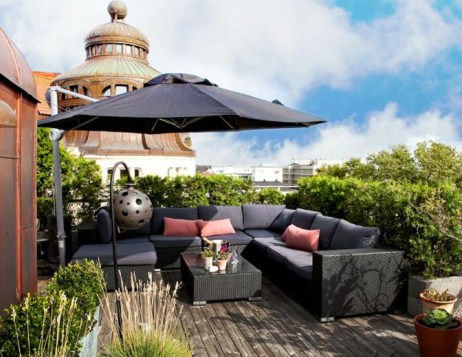 smart-rooftop-terrace-with-sofas