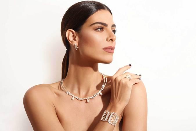IBERO Puebla Holds International Jewelery Design Contest.
