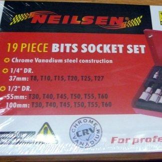 "Nielsen 14pc bit socket set 1/4"" 1/2"""