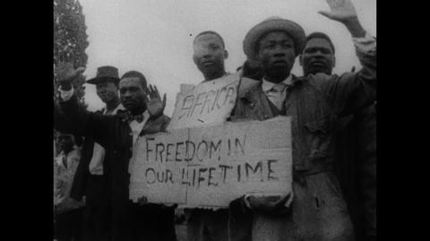 192030933-struggle-for-freedom-opponents-of-the-regime-demonstrator-demonstration-protest[1]