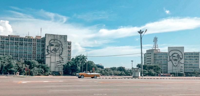 Plaza de la Revolución - El Ché Guevara y Camilio Cienfuegos