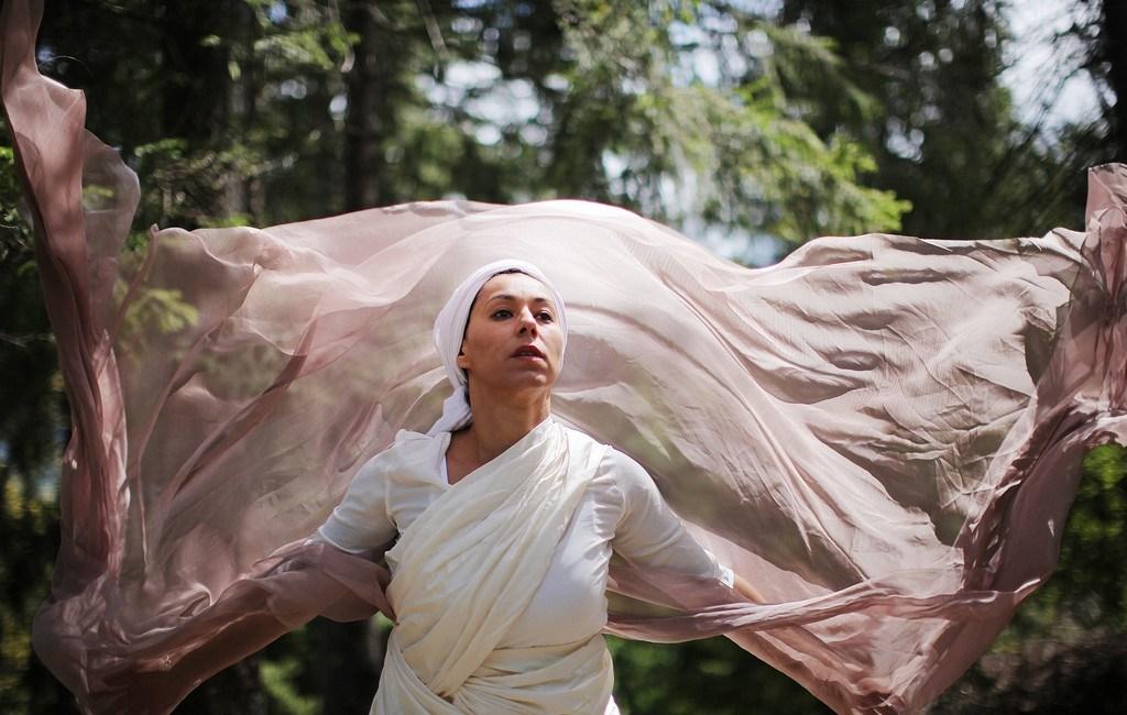 Myriam - Portrait danseuse marocaine Alpes
