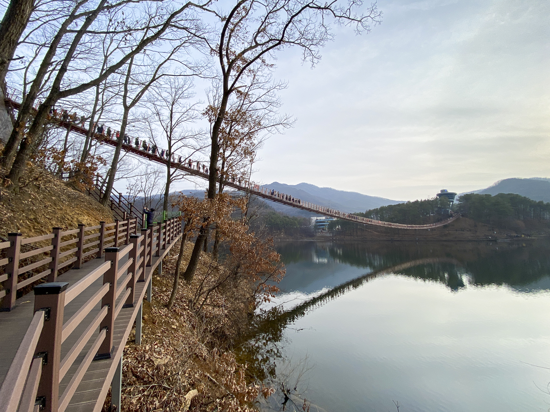 walk along the well-established mountain trails