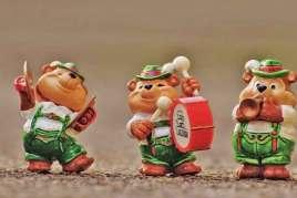 Boletín #8 Noviembre - Los tres mosqueteros que queremos tener siempre con nosotros!