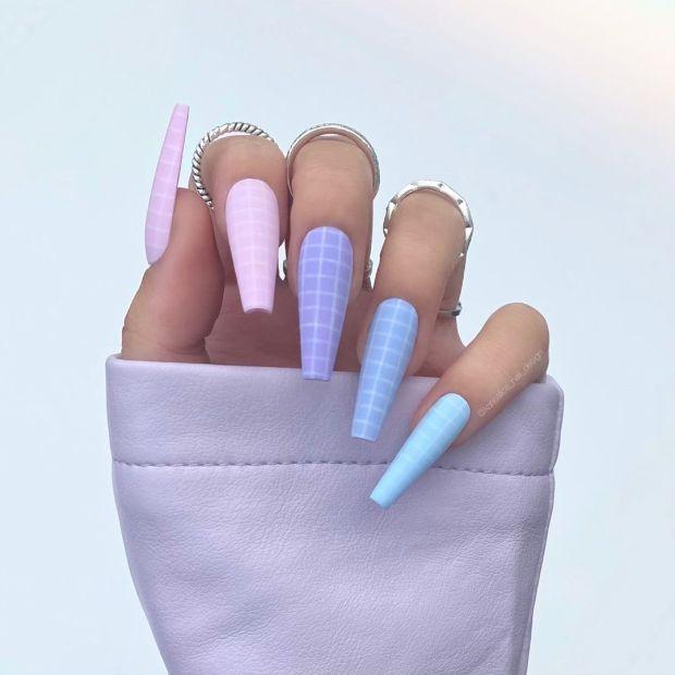 PASTEL GRID NAILSsummer nail designs for 2021