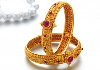Gold Bangles Designs Pune