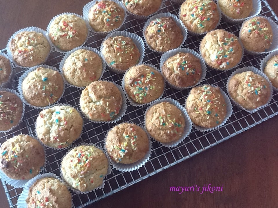 35. eggless coconut cupcakes