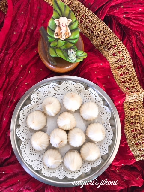 Steamed Modak 2