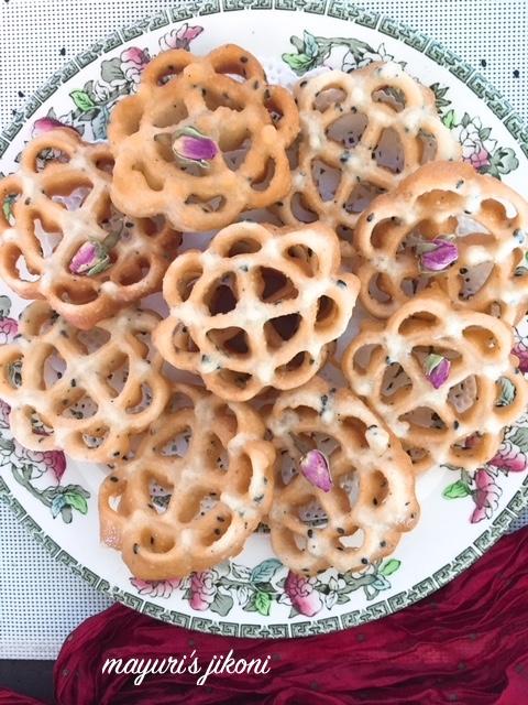 rose cookies 3