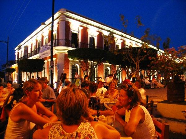 Resultado de imagen para centro historico de mazatlan