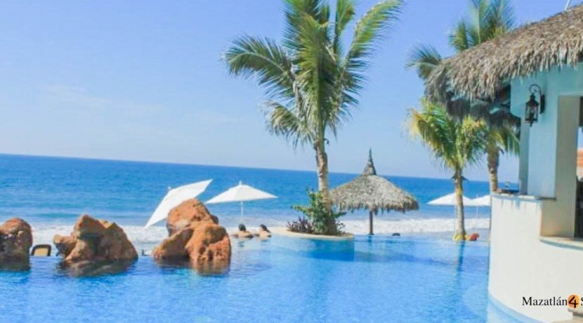 Mazatlan-3 bedrooms in Paraiso I Condo-For Sale-5