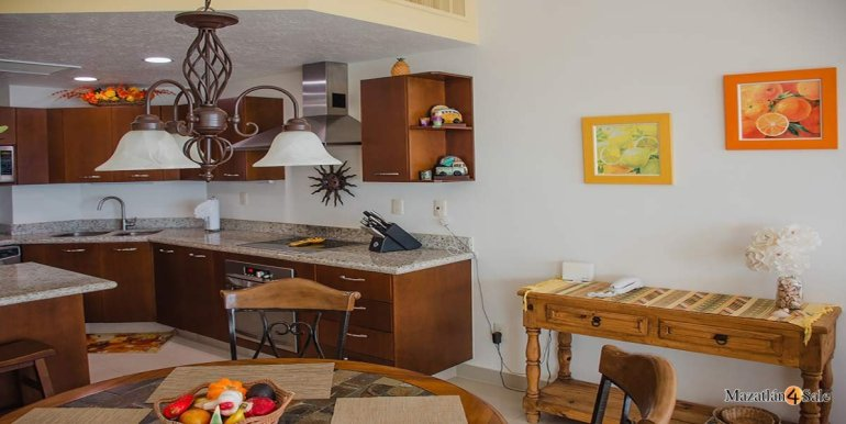 Mazatlan-2 bedrooms in Paraiso-I-Condo-For-Sale-12