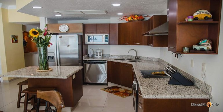 Mazatlan-2 bedrooms in Paraiso-I-Condo-For-Sale-31