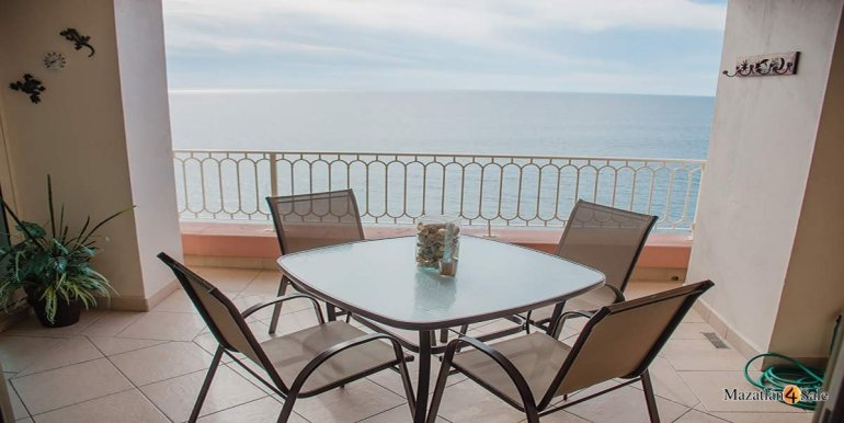 Mazatlan-2 bedrooms in Paraiso-I-Condo-For-Sale-5