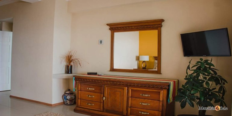 Mazatlan- 2 bedrooms in Paraiso-I-Condo-For-Sale-6