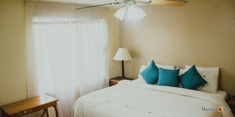 Mazatlan 3 bedrooms in Golden Zone Home For Sale (25)