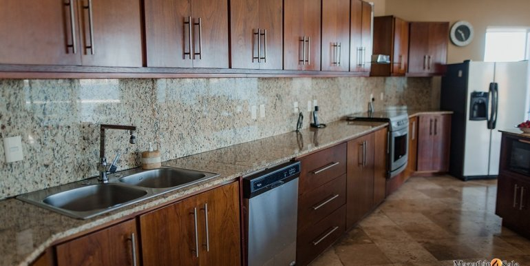 Mazatlan 4 bedrooms in Oceanfront Home For Sale (15)