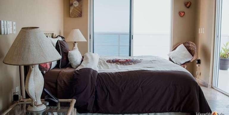 Mazatlan 4 bedrooms in Oceanfront Home For Sale (34)