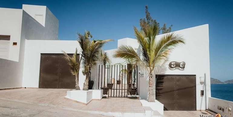 Mazatlan 4 bedrooms in Oceanfront Home For Sale (4)