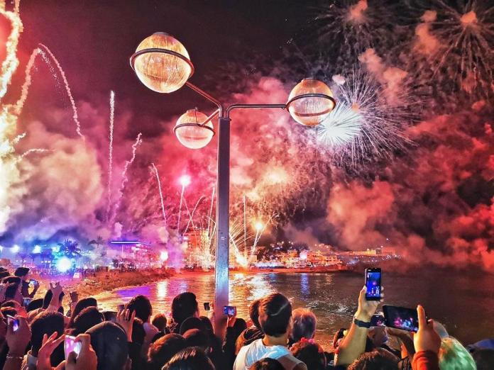 Espectacular Combate Naval del Carnaval de Mazatlán 2019- Mazatlán ...