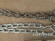 Caravel safety chains