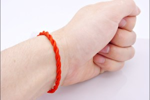 red string adjustable 3