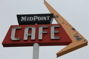 Midpoint Cafe - Adrian, TX