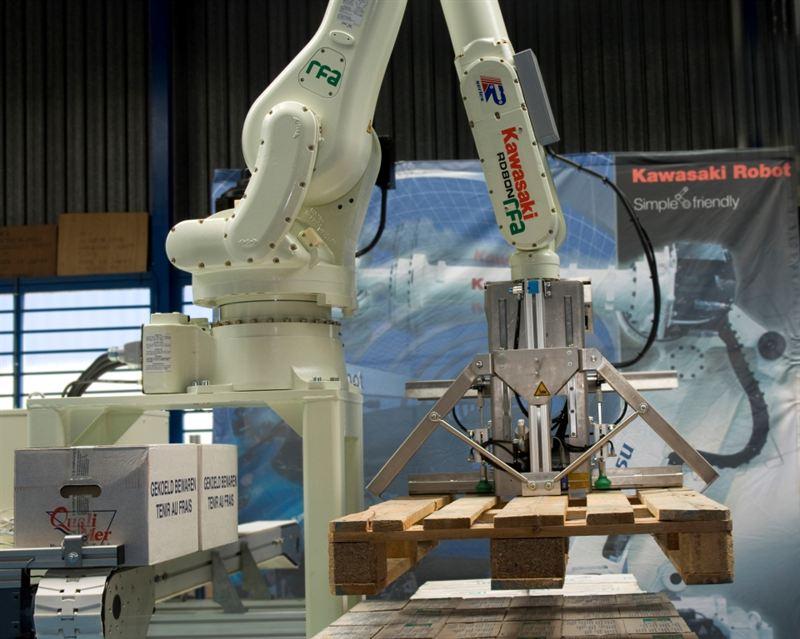 Kawasaki Robotics puts the case for spacesaver robot
