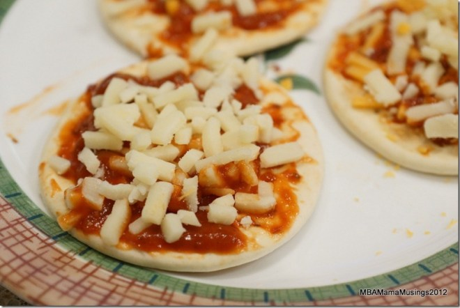 Uncooked Lunchmate Pizza