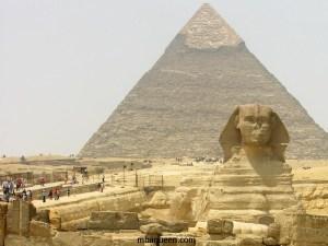 Притягательность отдыха в Египте - пирамиды и сфинкс