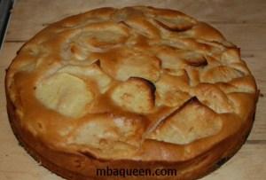 Простой рецепт яблочного пирога быстрого приготовления