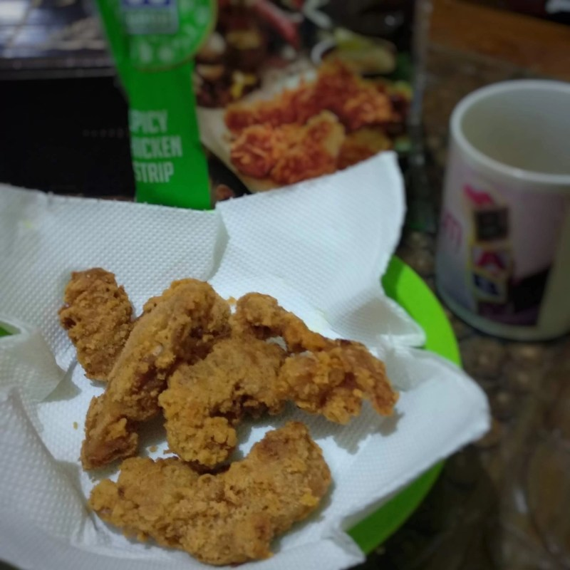 Menikmati Kelezatan Produk Ayam Olahan So Good Spicy Chicken Strip Baru