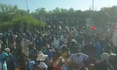 Beitbridge Border Post Crowd