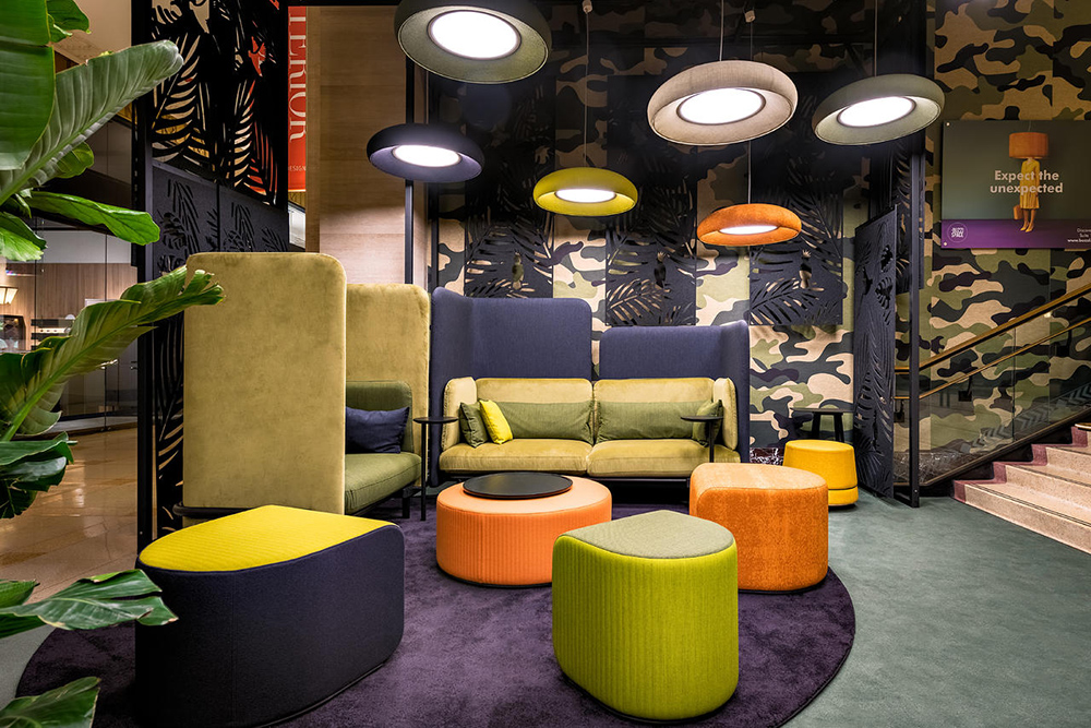 Modern lounge furniture