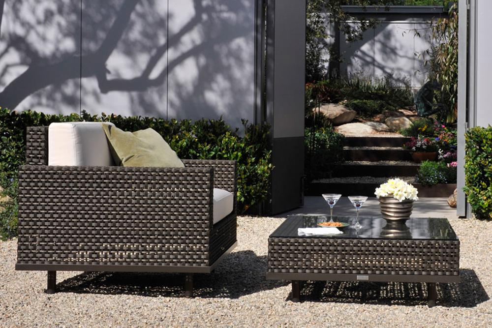 Brown ouotdoor lounge chair
