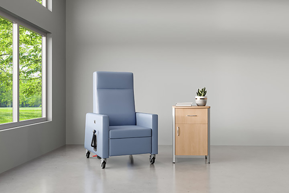Patient chair with plant on table