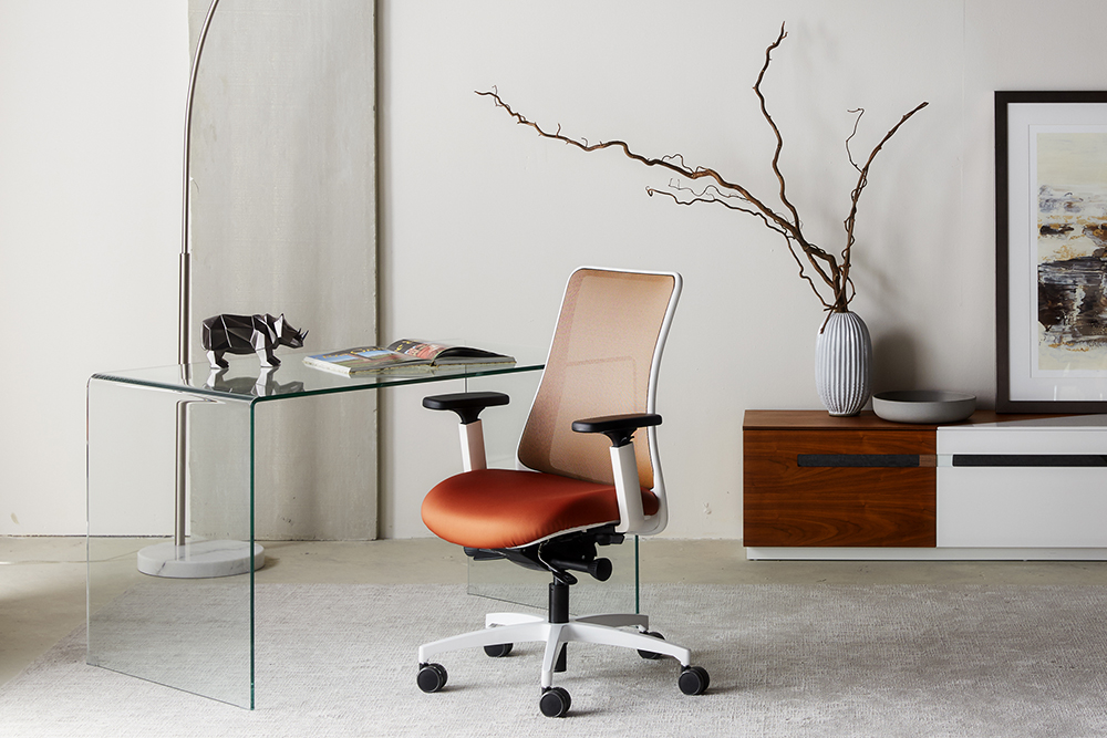 Copper mesh task chair