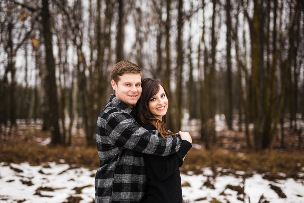 Dakota + Haley // Chub Lake Tree Farm Engagement