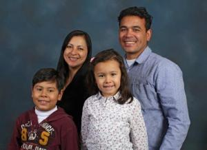 Family picture of David Bonilla, Rosa Marina Forero and their children Ian and Aysha. Credit MCC