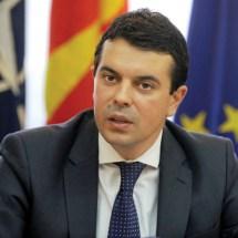 Попоски: Македонија е подготвена да прими помош од Бугарија за мигрантите