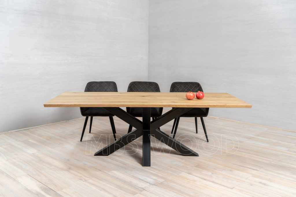 moes bent dining table