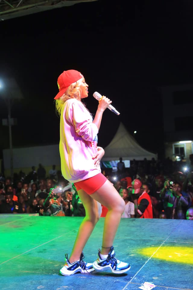 spice diana performs