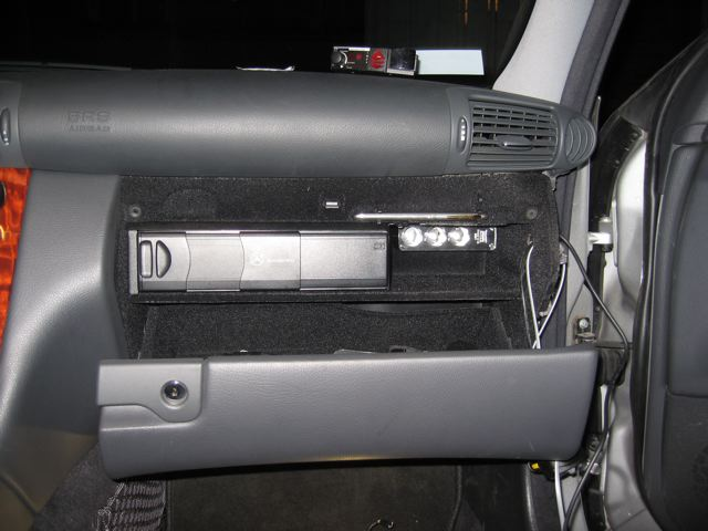2006 C230 Fuse Box C230 Coupe Aux In Advice Mbworld Org Forums