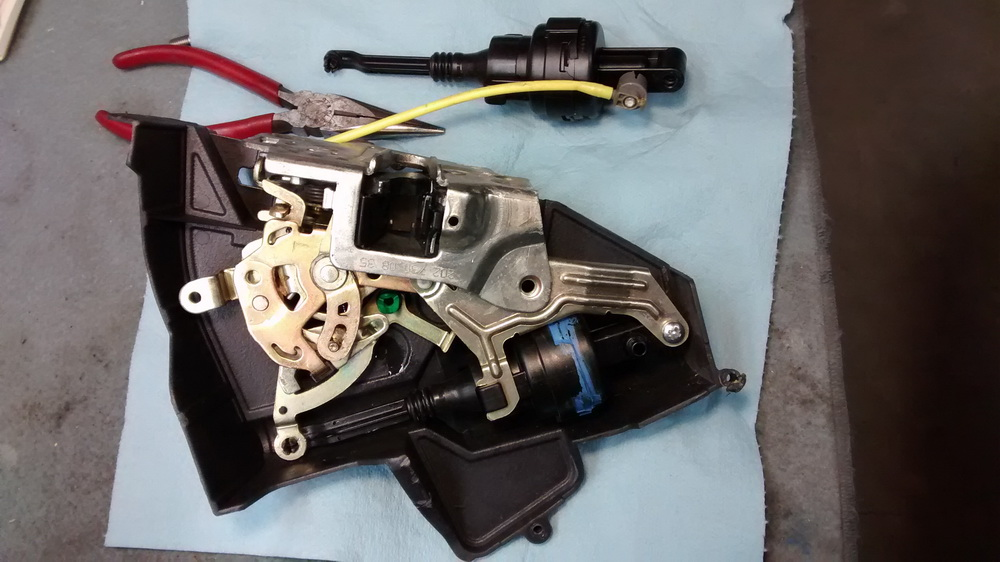 Mercedes Benz 1995 E320 Wiring Diagram Vacuum Door Lock Actuator Replacement Easy Mbworld